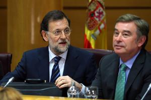 Mariano Rajoy y el senador popularJosé Manuel Barreiroen junio del año pasado.