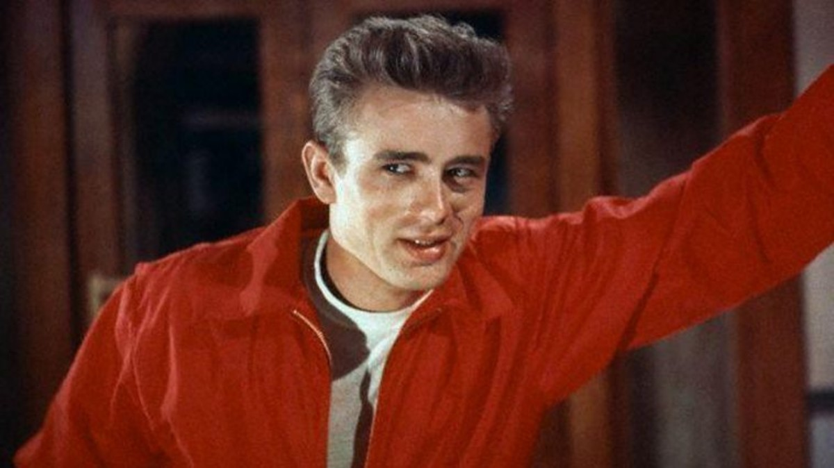 James Dean se convirtió en un ídolo juvenil con Rebelde sin causa.