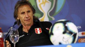 Ricardo Gareca, en una rueda de prensa durante la Copa América-2019.
