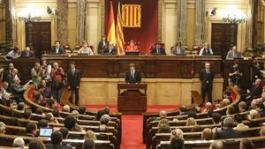 El president Carles Puigdemont interviene en el Parlament, el pasado 10 de octubre.