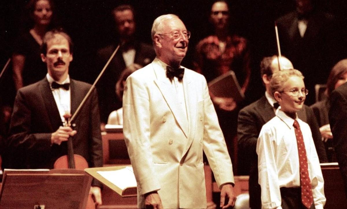 William Christie,Gwilyn Bowen y Les Arts Florissants al final de una interpretación en el Festival de Peralada en el 2001.
