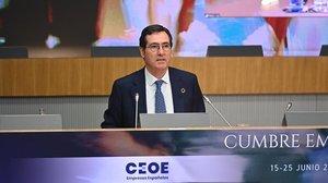 El presidente de CEOE, Antonio Garamendi, en la sesión inaugural de la cumbre empresarial.