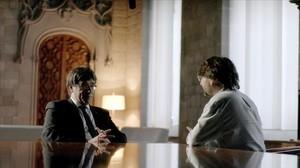 Carles Puigdmenont yJordi Évole, en el Palau de la Generalitat.