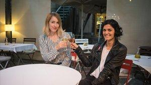 Anna Vicén y Maria Torras, Siamiss djs,brindan en Fragments Cafè.