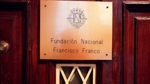 El edificio que alberga de las oficinas de la Fundación Francisco Franco.