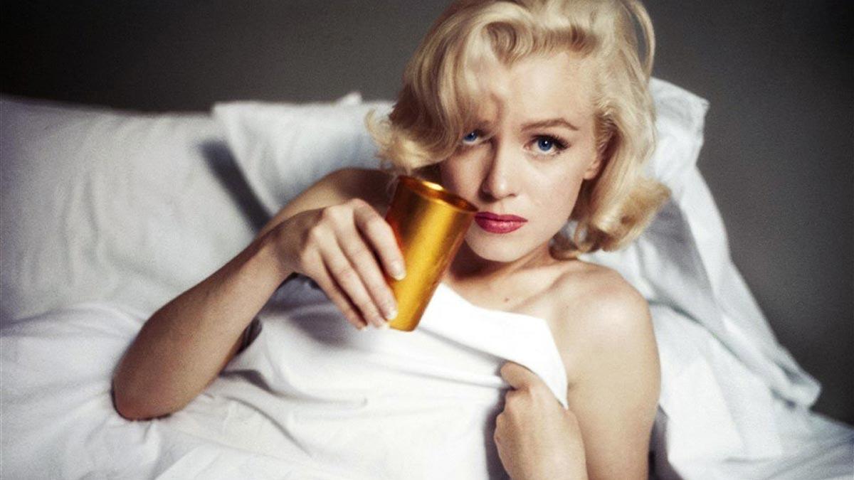 Una muestra reúne en París la obra de los cuatro fotógrafos que retrataron a Marilyn Monroe.