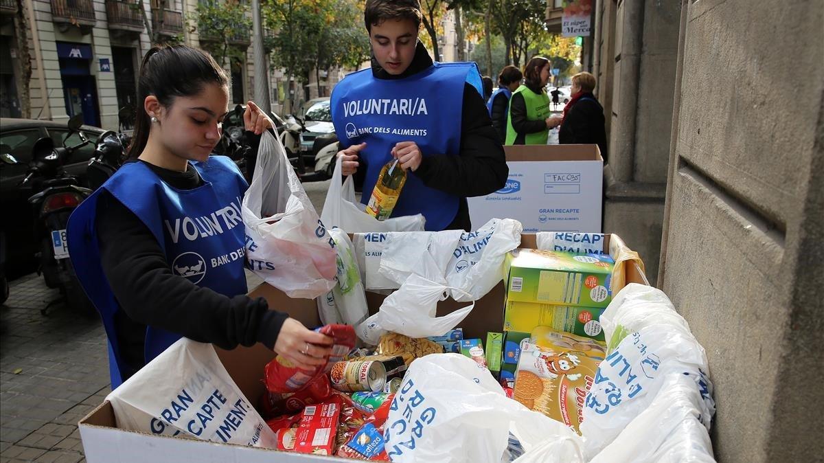 Recogida solidaria de comida para el Banc d'Aliments.