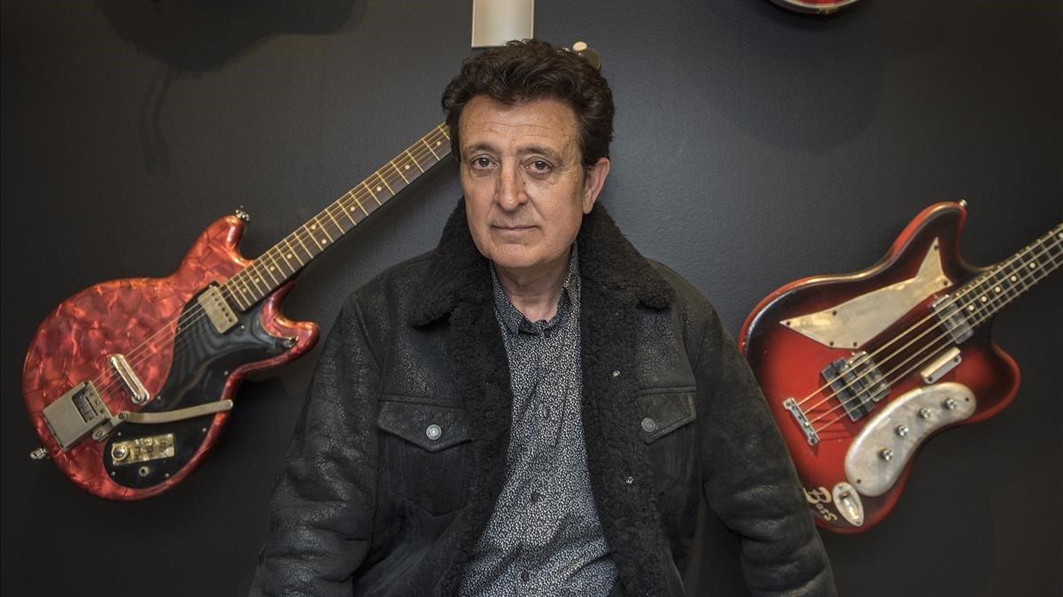 Manolo García: «L'SGAE ha de muntar barricades per defensar tots els autors»
