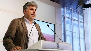 """JxCat demana que compareguin presos, """"exiliats"""" i Rajoy en la comissió del 155"""