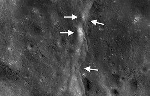 La Lluna continua tenint activitat tectònica