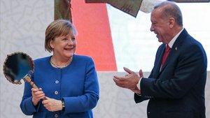 Merkel i Erdogan mostren les seves diferències sobre el conflicte de Líbia