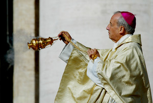 SPANISH BISHOP JAVIER ECHEVARRIA PRESIDES OVER MASS IN ST.PETERS SQUARE