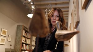 Teresa Helbig, en la galería A34, que visita con frecuencia para ver las obras de arte contemporáneo expuestas.
