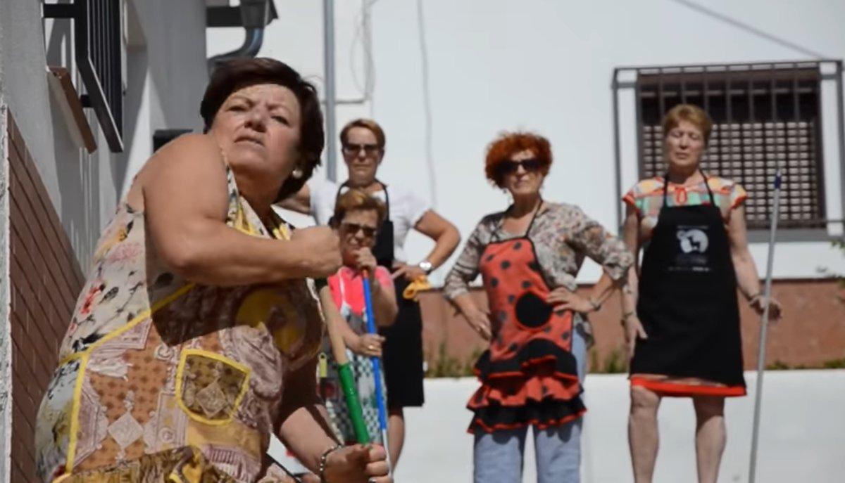 """""""Y mi calle pa cuando"""": el divertido vídeo que reivindica la presencia de mujeres en el callejero"""