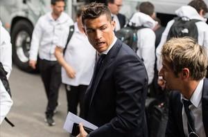 Coentrao, junto a Cristiano Ronaldo a su llegada a Múnich la pasada temporada.