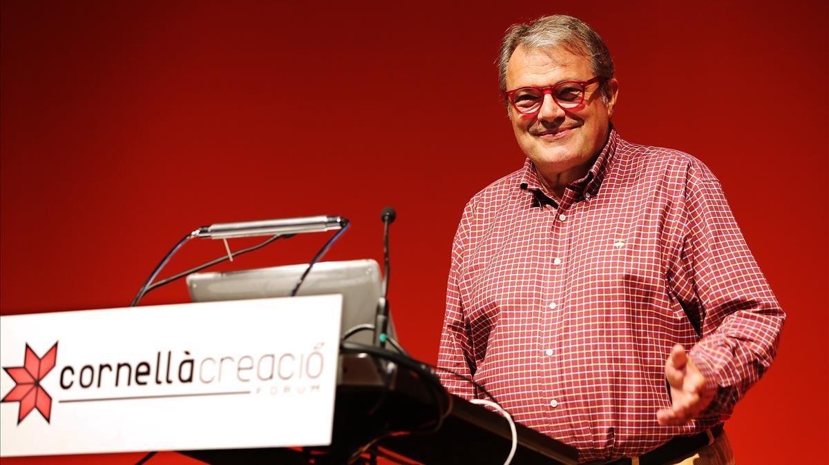 El fotógrafoOliviero Toscani, durante una conferencia en Cornellà, en el 2013.