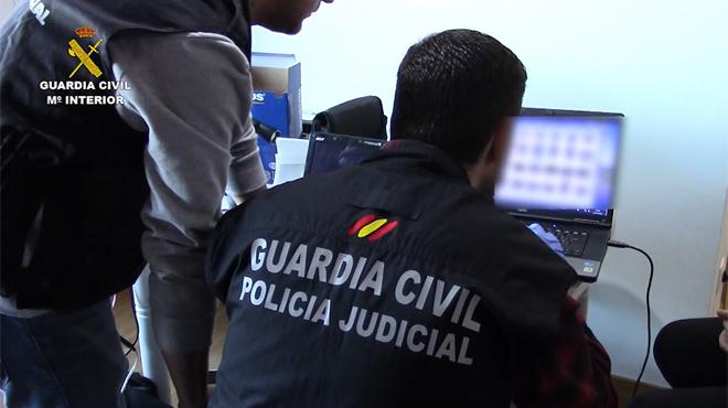 102 detenidos en una macrorredada contra el porno infantil