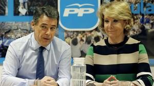 Ignacio González i Esperanza Aguirre, aquest dimarts, en la reunió del comitè de direcció del PP de Madrid.
