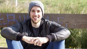 """Pol Gise, l'autor del vídeo viral sobre la immersió lingüística: """"Molta gent em diu que vaig aprendre castellà veient la tele"""""""