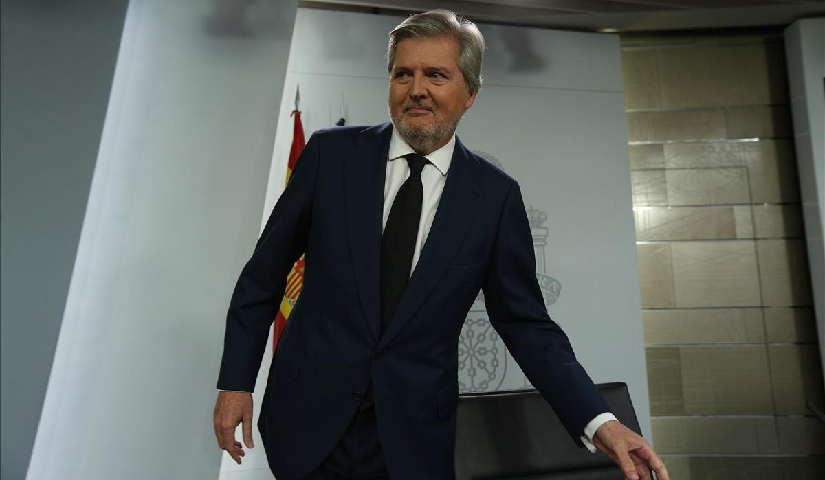 Méndez de Vigo pide 'ayuda' a Bildu para combatir el mensaje independentista catalán