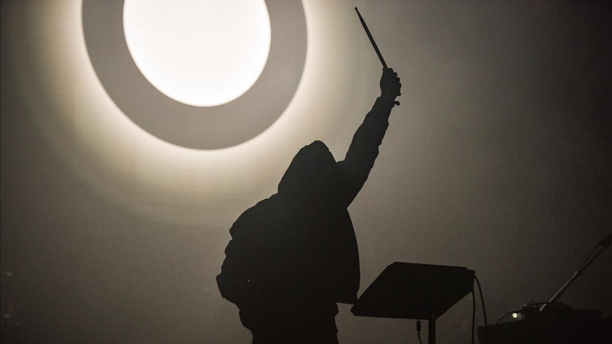 Imagen de la actuación de Liberato este viernes en el Sónar