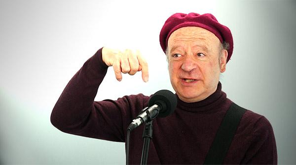 El cantautor barcelonés interpreta 'L'home dibuixat' en acústico directo.