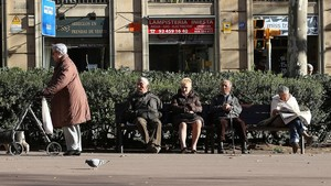 Las mujeres pensionistas cobran el 35% menos que los hombres