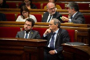 Quim Torra y Pere Aragonès, en el Parlament.