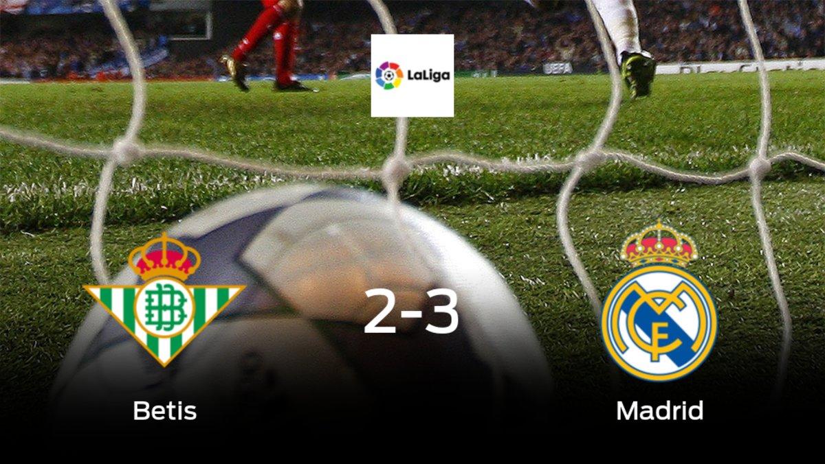 El Real Madrid suma tres puntos a su casillero frente al Real Betis (2-3)