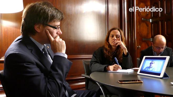 Risto Mejide pregunta, durante la entrevista de 'El Periódico', al President Carles Puigdemont sobre las acusaciones de poca objetividad de los medios públicos.