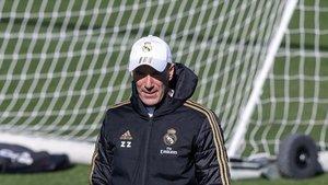 Zidane, en el entrenamiento de este viernes.