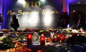 Homenaje a Tito Vilanova en el Camp Nou.