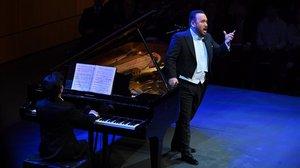 El tenor mexicano Javier Camarena, en plena actuación en el Liceu, el sábado.