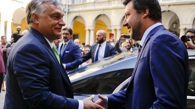 Salvini i Orbán segellen una aliança xenòfoba per tombar Europa