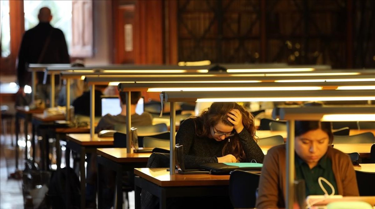 Filologia Catalana busca alumnes