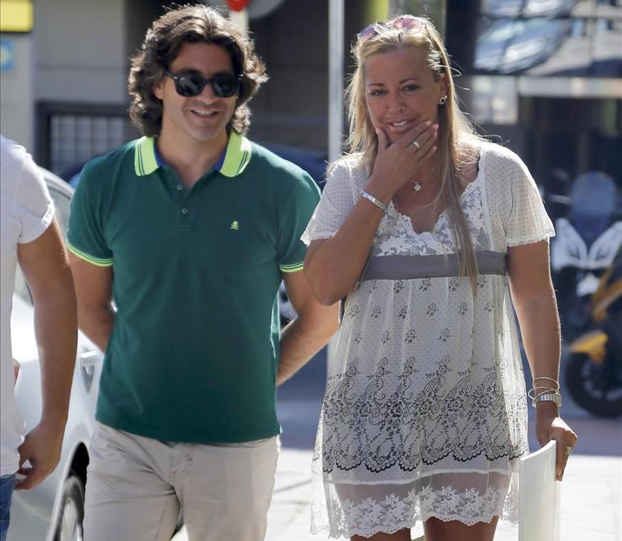 Belén Esteban y Toño Sanchís pasean por Madrid, en el 2015, antes de la batalla judicial.