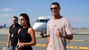 Cristiano Ronaldo a su llegada a Turín.