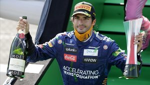 Carlos Sainz es guanya tot Itàlia