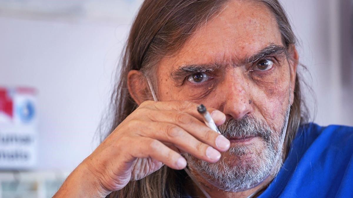 Jordi Cussà, en su apartamento, en Berga, la semana pasada.