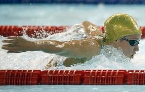 Mireia Belmonte durante la final de los 200 mariposa en la piscina Carles Ibarz del CN sabadell