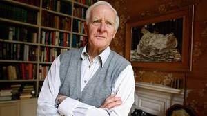 El escritor británico John Le Carré.