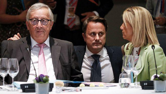 Duras negociaciones por el reparto de cargos en la UE