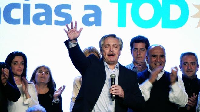 Alberto Fernández se anota un contundente triunfo en las primarias en Argentina.