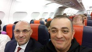 Elpidio Silva (i) y 'Tito' Álvarez, en el viaje a Bruselas.