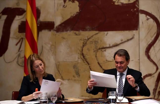 Artur Mas y Neus Munte, en la reunión del Consell Executiu.