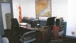 Imágen del reportaje fotográfico de la Guardia Civil del despacho del extesorero de CDC, Andreu Viloca.