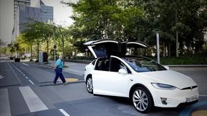 El coche eléctrico Tesla, en Barcelona.