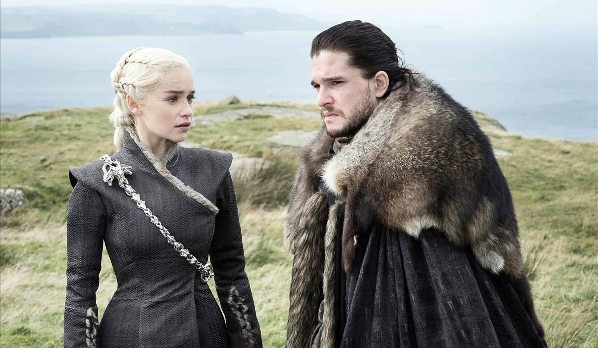 Daenerys Targaryen y Jon Nieve, dos de los personajes más populares de 'Juego de tronos'.