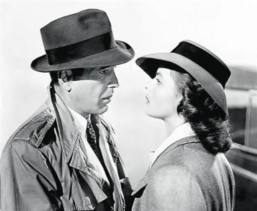 De dalt a baix: amb Humphrey Bogart a 'Casablanca', amb Cary Grant en 'Encadenados' i amb Liv Ullman a 'Sonata de tardor'.