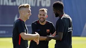 Deulofeu, Alba y Umtiti, en un entrenamiento del Barça.